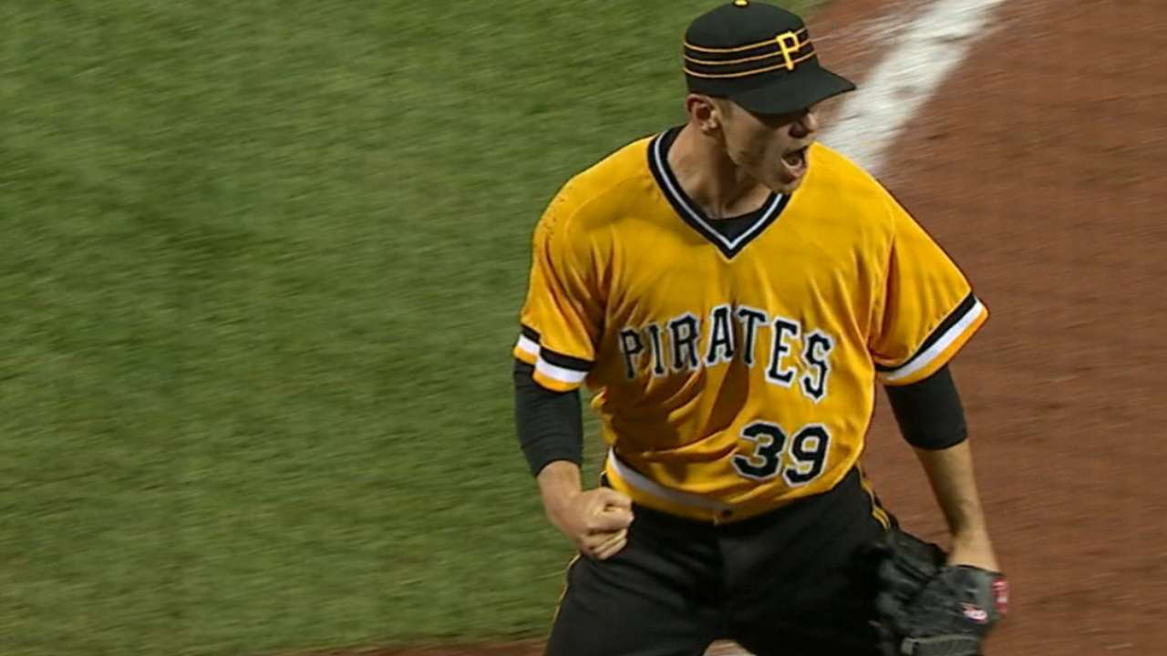 Kuhl earns win in MLB debut