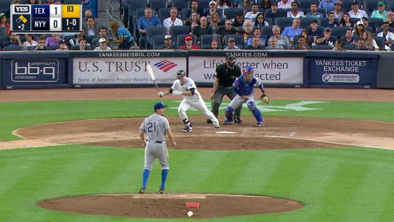 Headley's RBI single in the 2nd