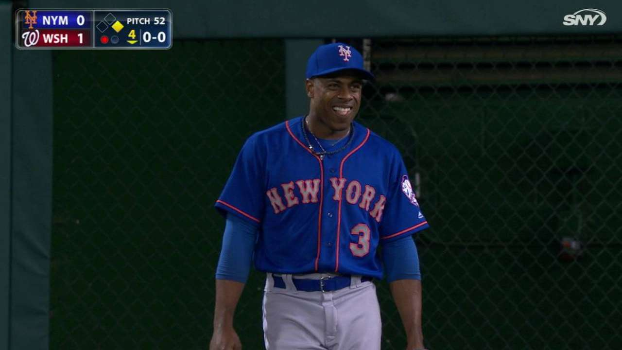 Granderson leaves game after long rain delay