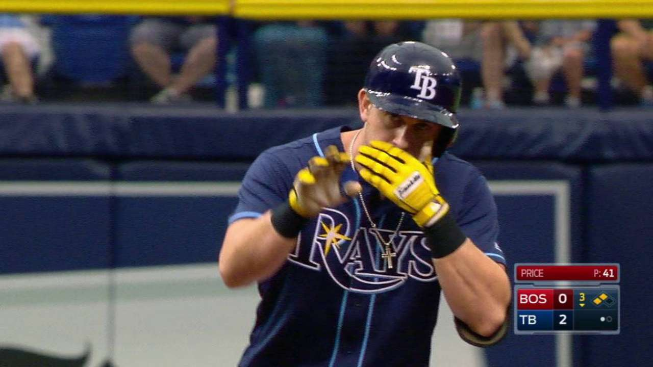 Moore spins gem as Rays blank Red Sox