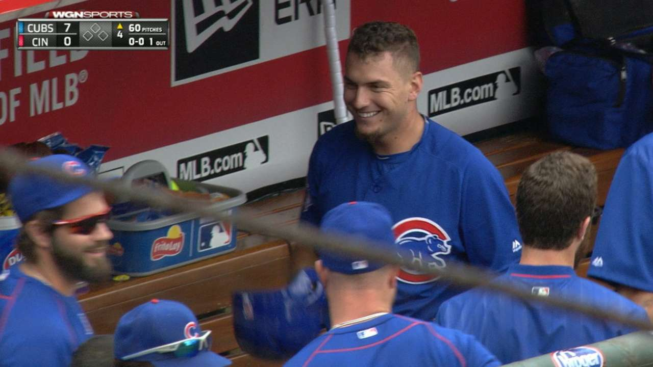 Almora hits 1st MLB HR, makes fine diving catch