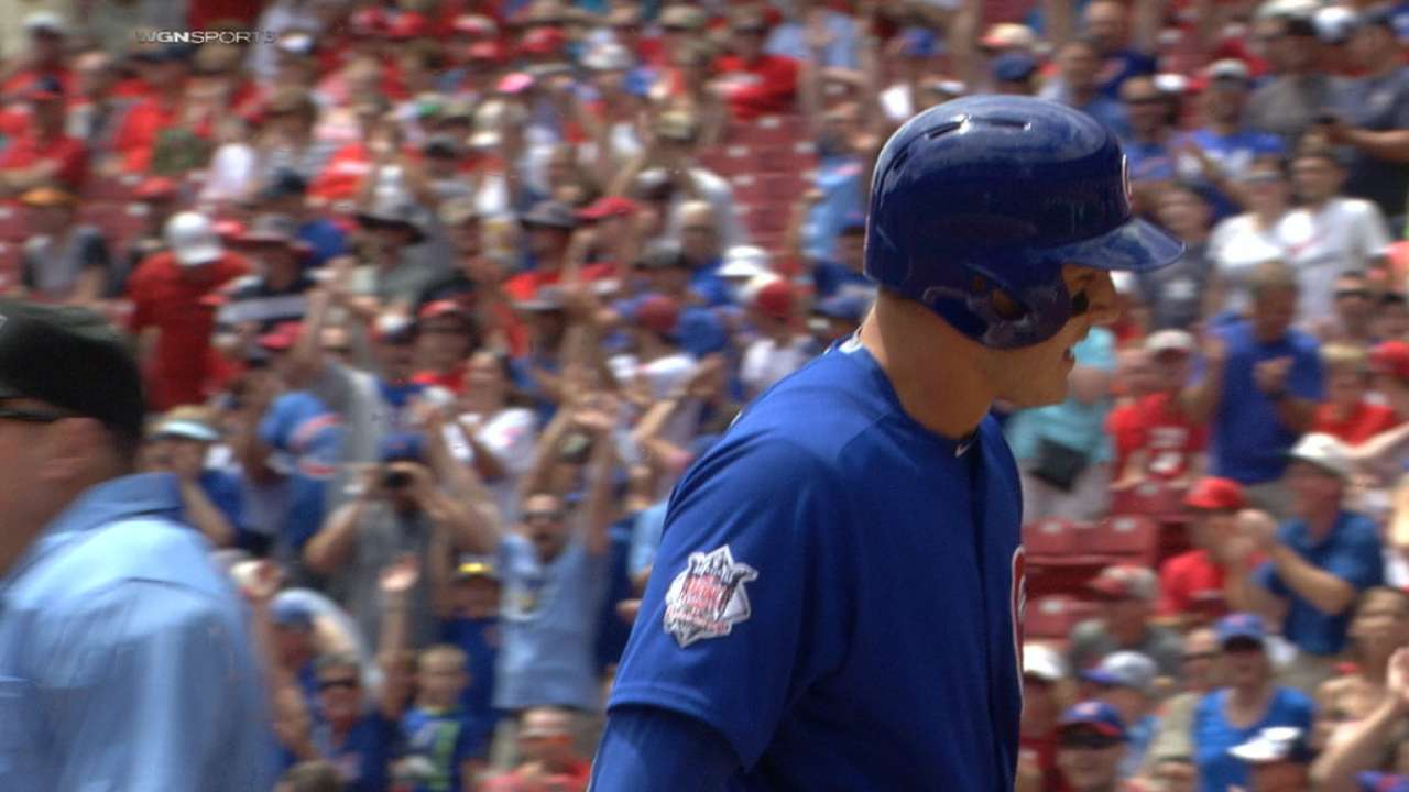 Must C: Rizzo races for homer