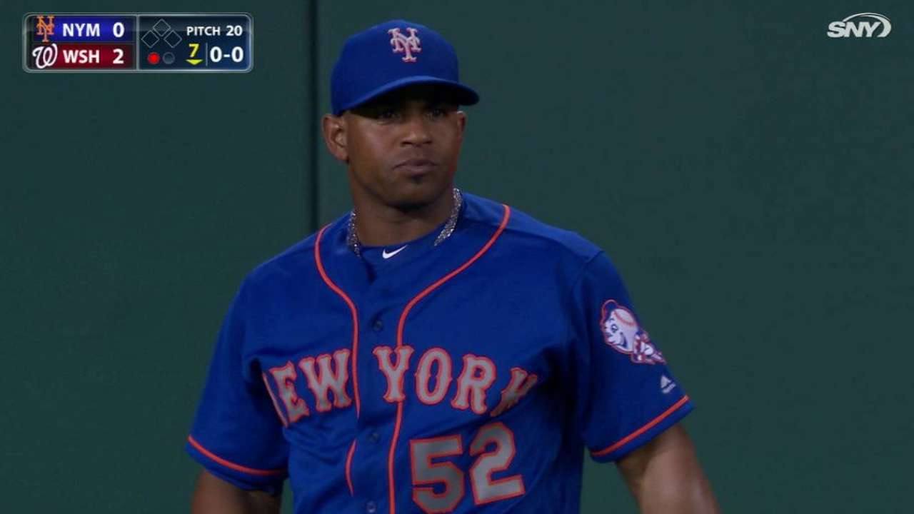 Cespedes' warning-track catch