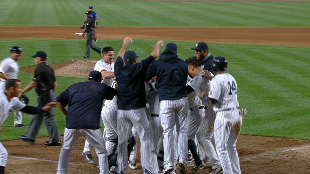 Gregorius' walk-off home run