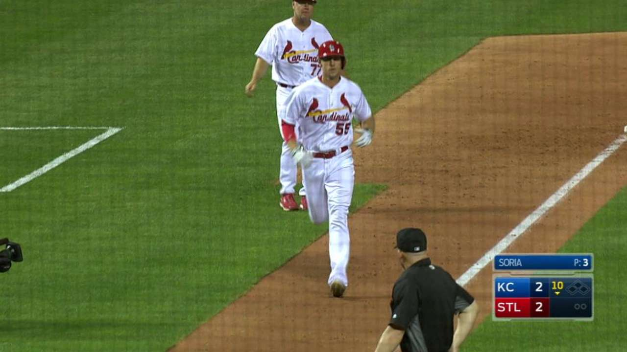 Piscotty dealing with bruised left ankle