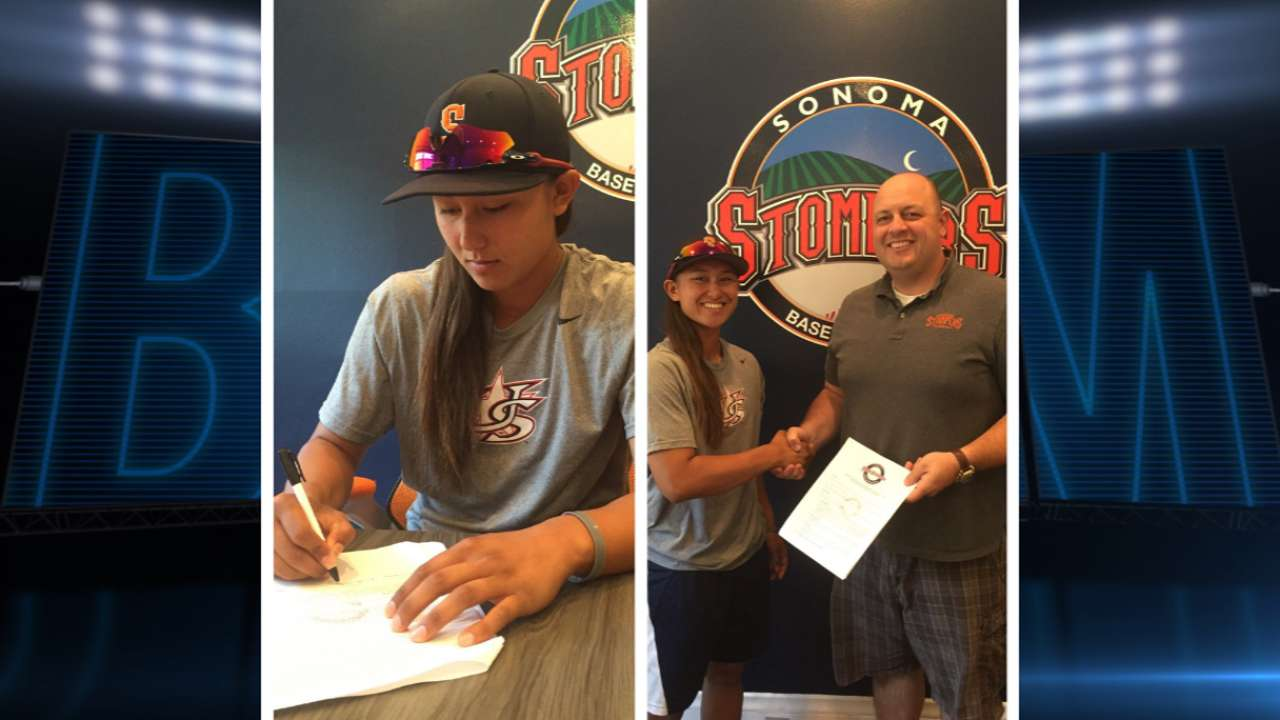 Stompers sign two females