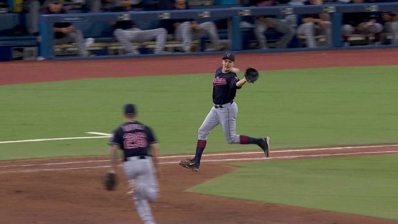 Bauer sends it to the 19th