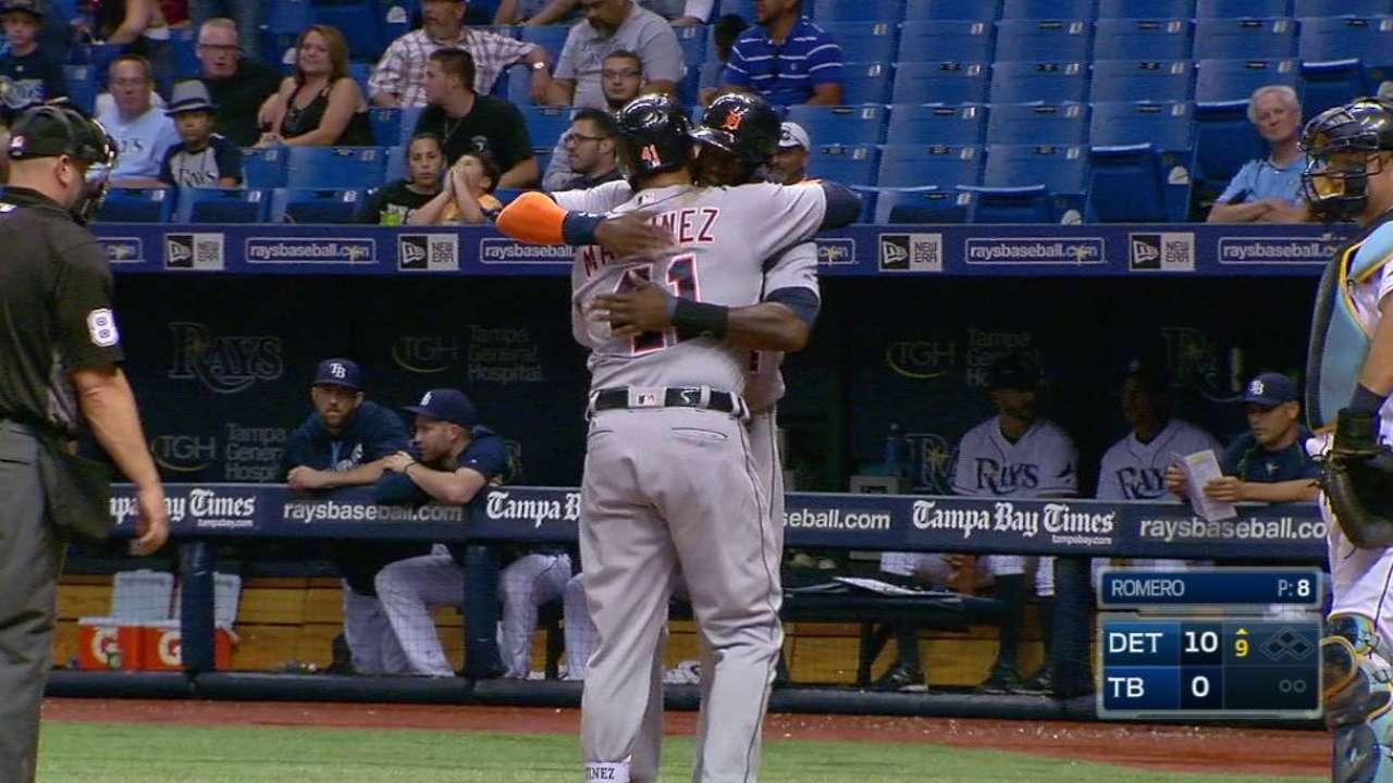 V-Mart's second three-run homer