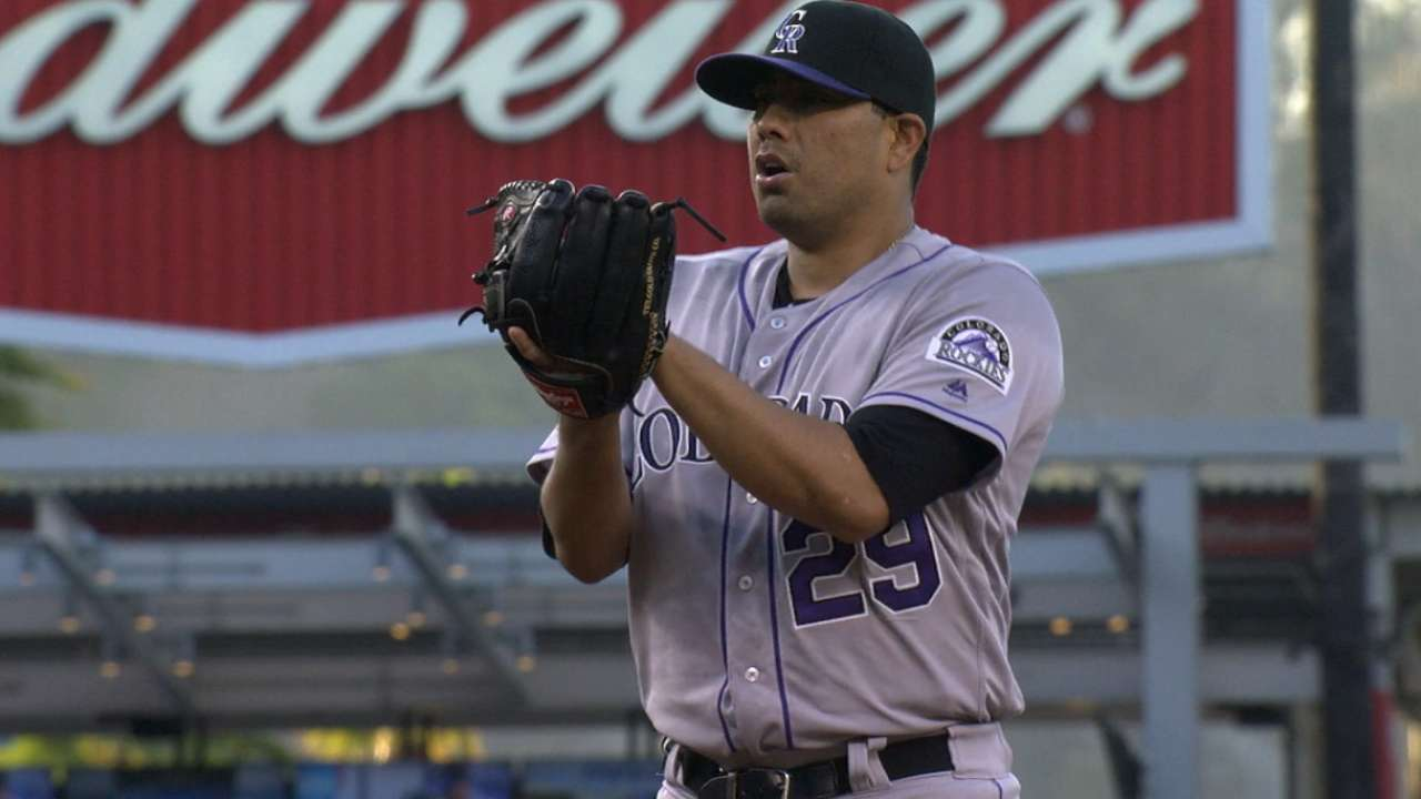 Rockies encouraged by De La Rosa's upswing