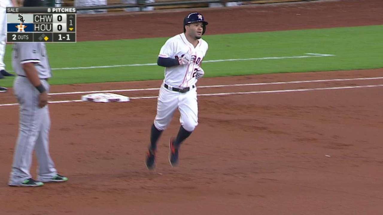 Altuve's solo home run