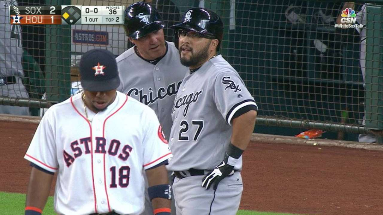 Navarro delivers as White Sox DH