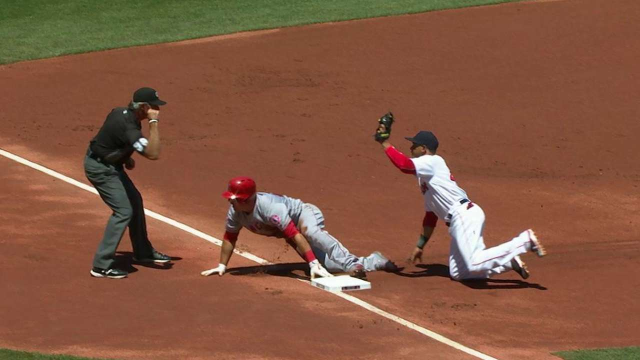 Leon nabs Trout at third
