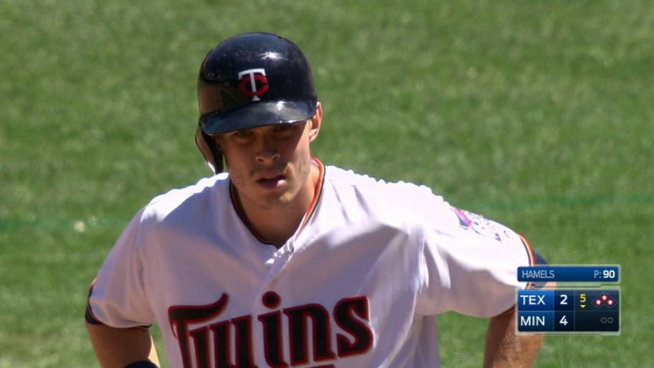 Twins' approach vs. red-hot Hamels pays off