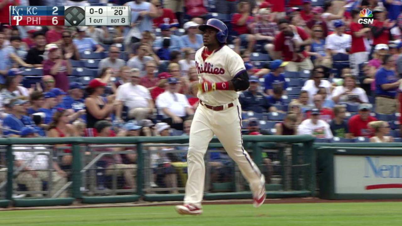 Homers back Velasquez as Phils top champs