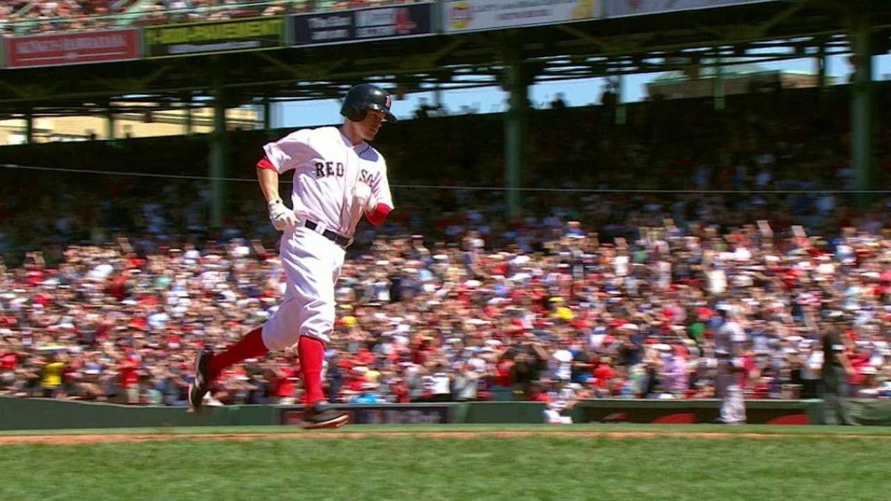 Holt again shows he's X factor for Red Sox