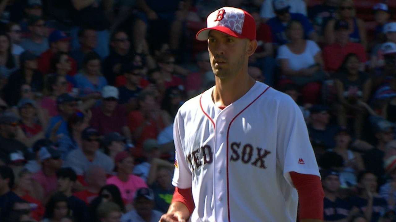 Porcello buckles down, now 7-0 at Fenway