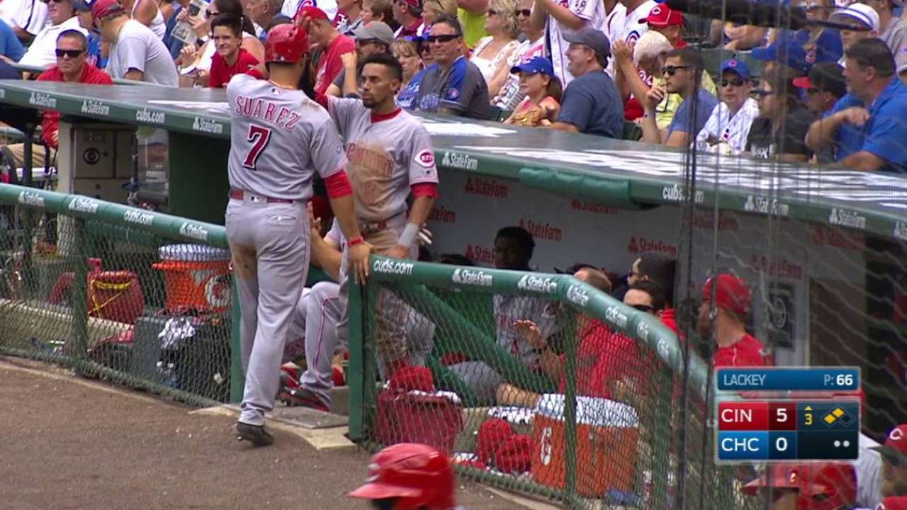 Reds ride early barrage to victory over Cubs