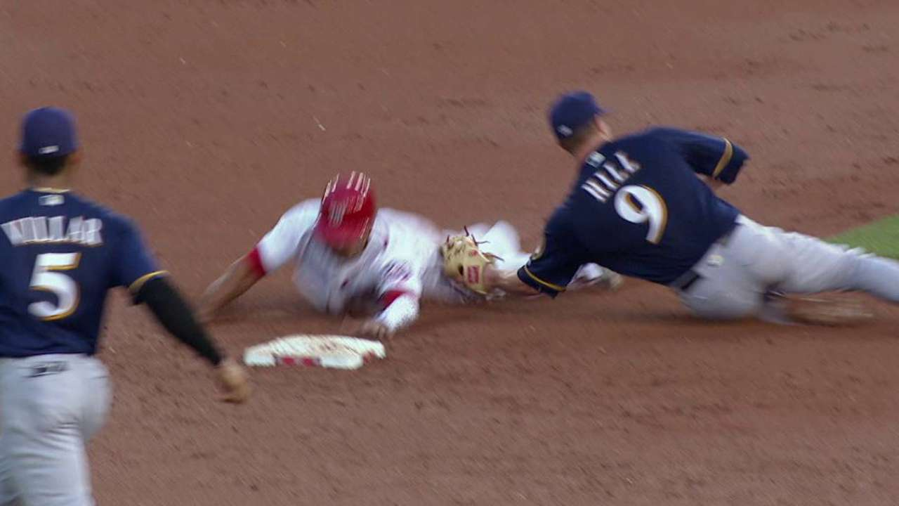 Lucroy catches Revere stealing
