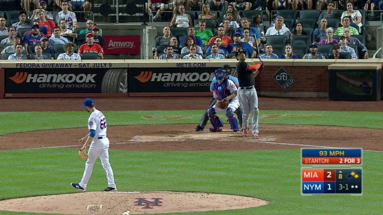 Giancarlo Stanton suena par de HR y Marlins doblegan a Mets
