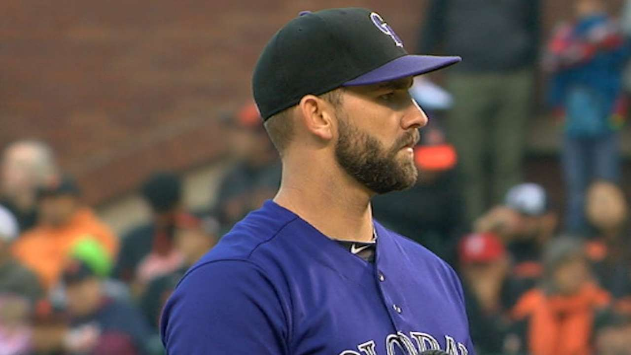 Chatwood's strong road outing