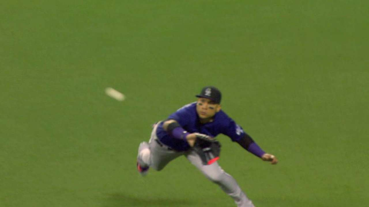 CarGo's diving catch ends frame