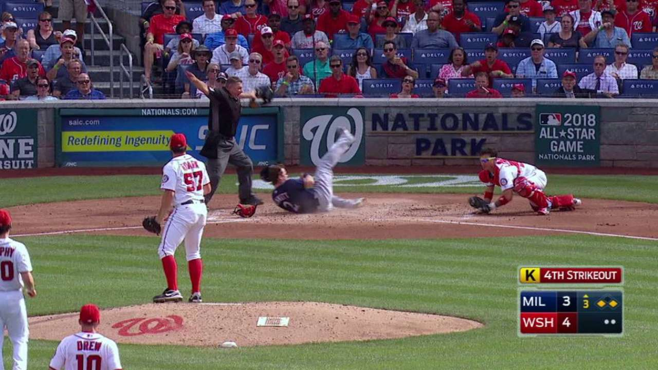 Gennett steals home in the 3rd