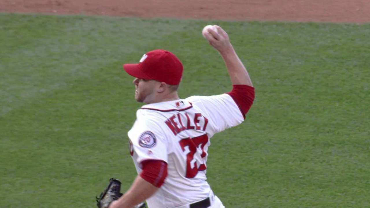 Kelley strikes out Carter in 8th