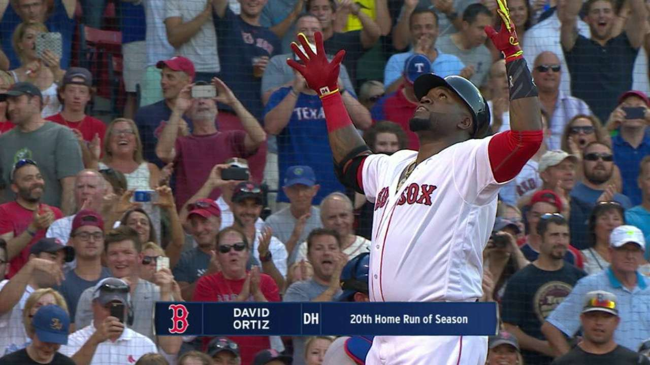 Ortiz's two-run homer