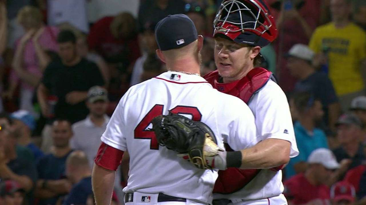 Kimbrel fans Rua to end game