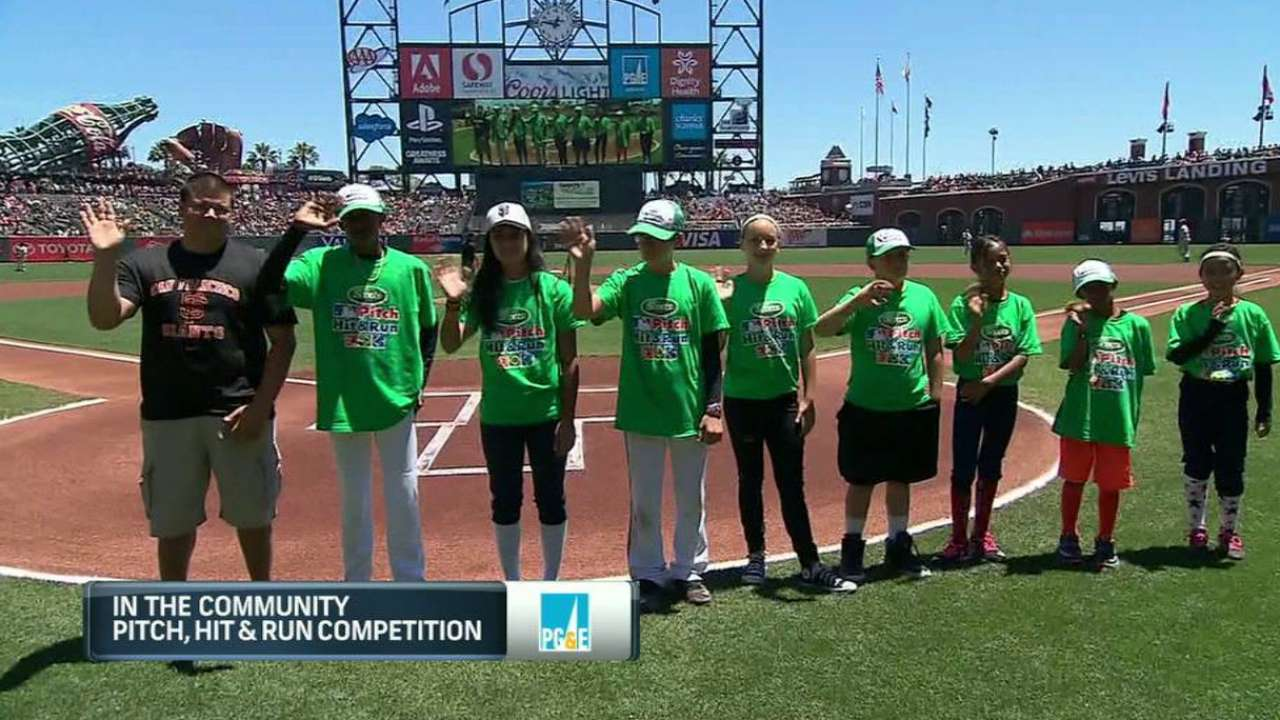 Kids compete at Giants' Pitch, Hit & Run event
