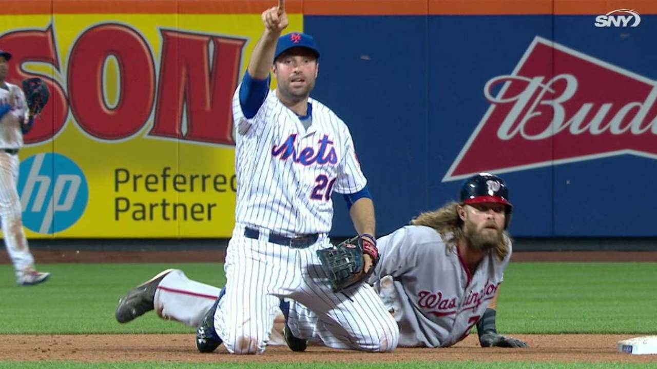 Werth's interference leads to Mets' critical DP
