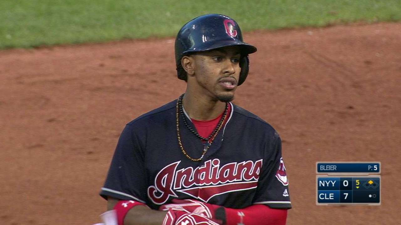 Lindor's RBI double in the 5th