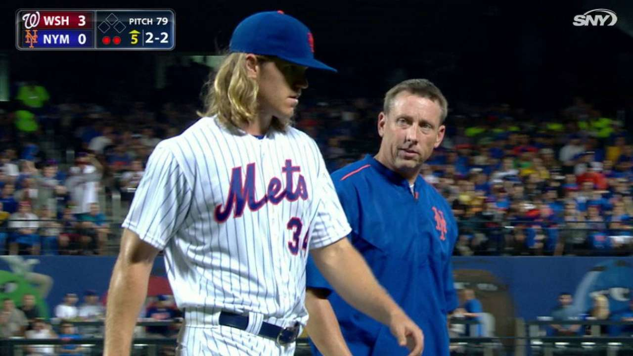 Syndergaard leaves with injury