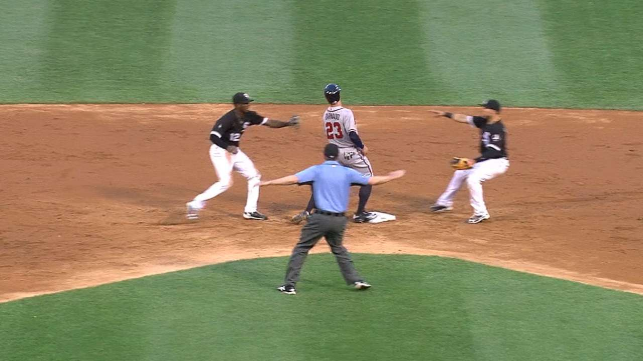 Anderson turns third White Sox triple play of '16