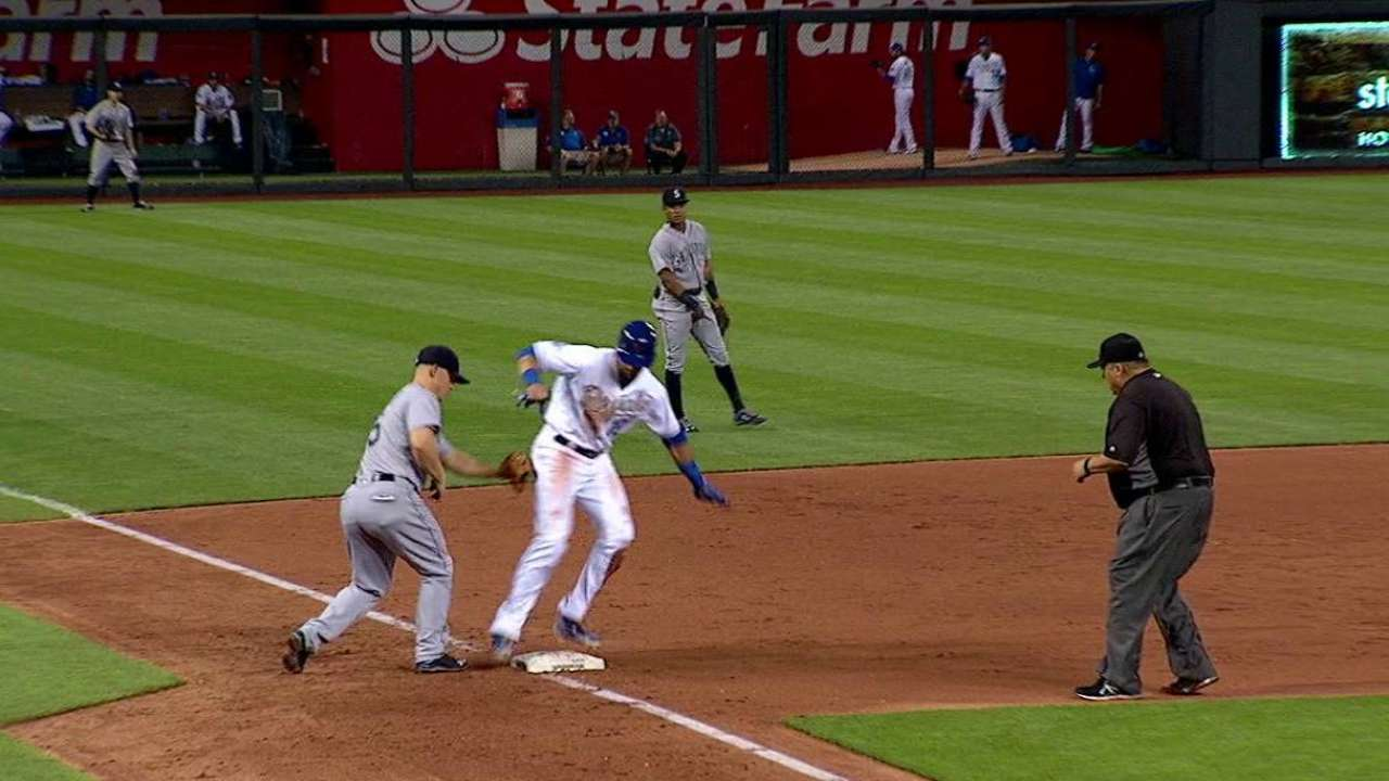 Mariners challenge safe call