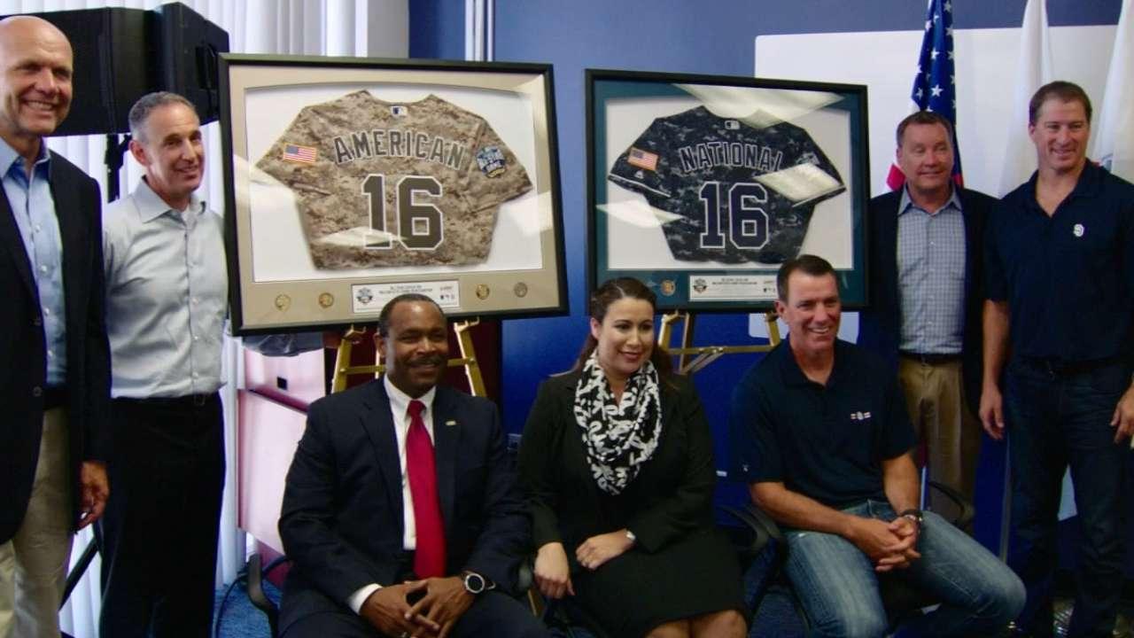 Padres, MLB host veterans transition event