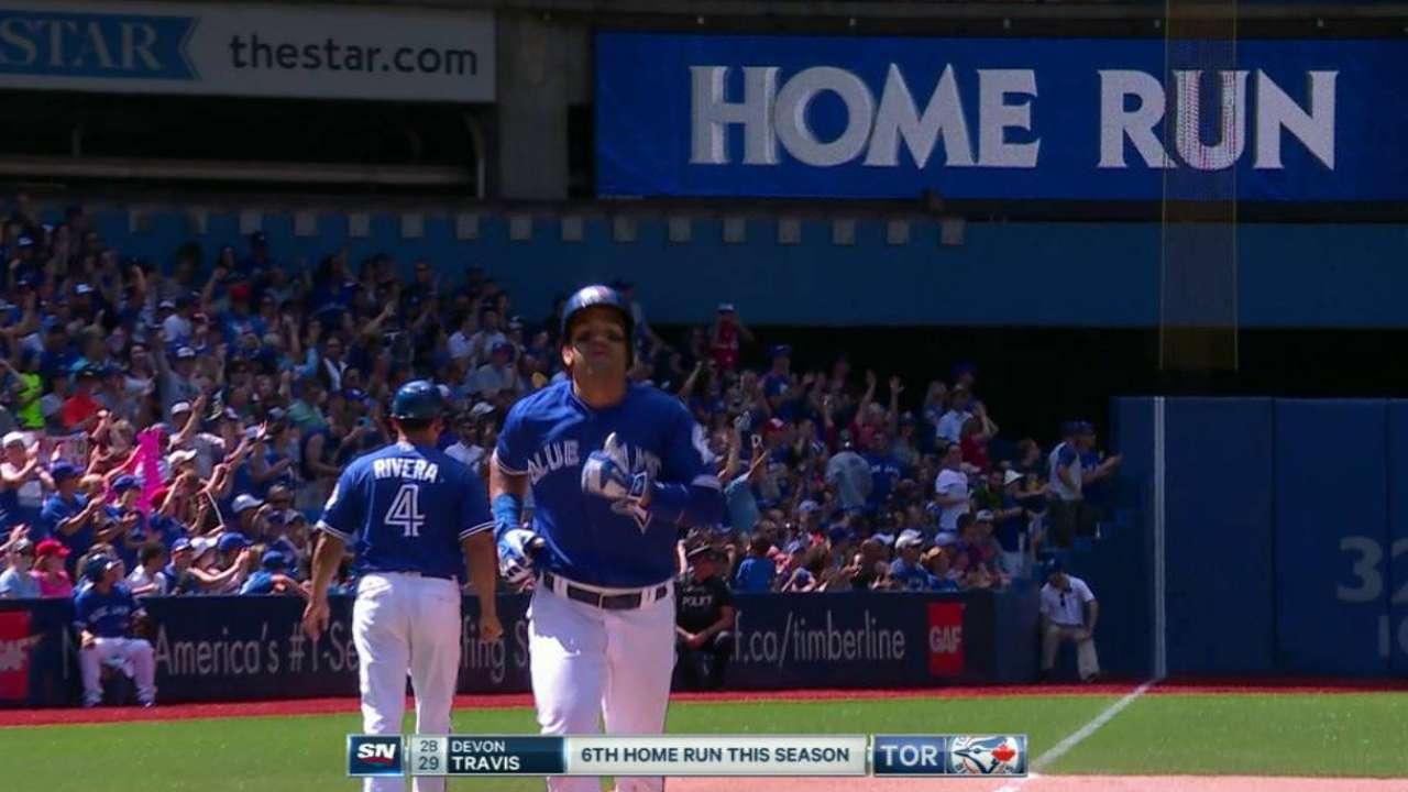 Travis' game-tying homer