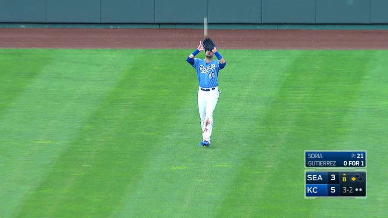 Soria induces flyout