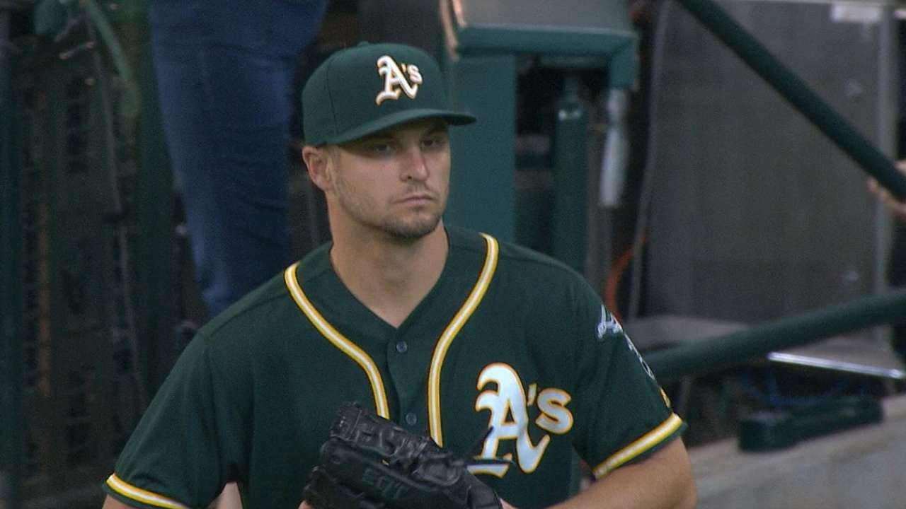Graveman spooks Astros with strong sinker
