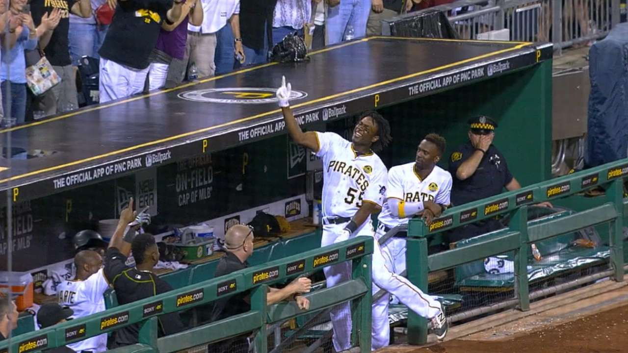 Bell's pinch-hit grand slam