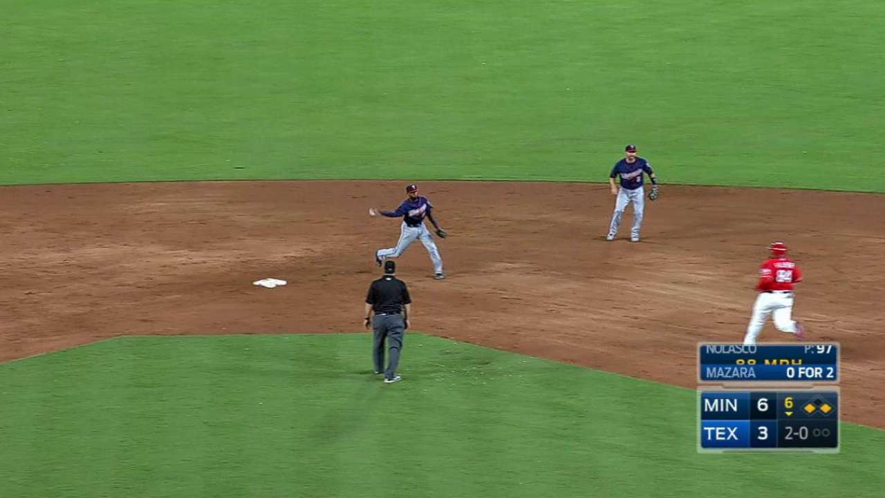 Beltre scores on a double play