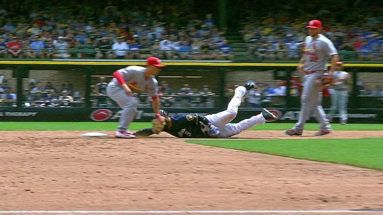 Leake picks off Villar