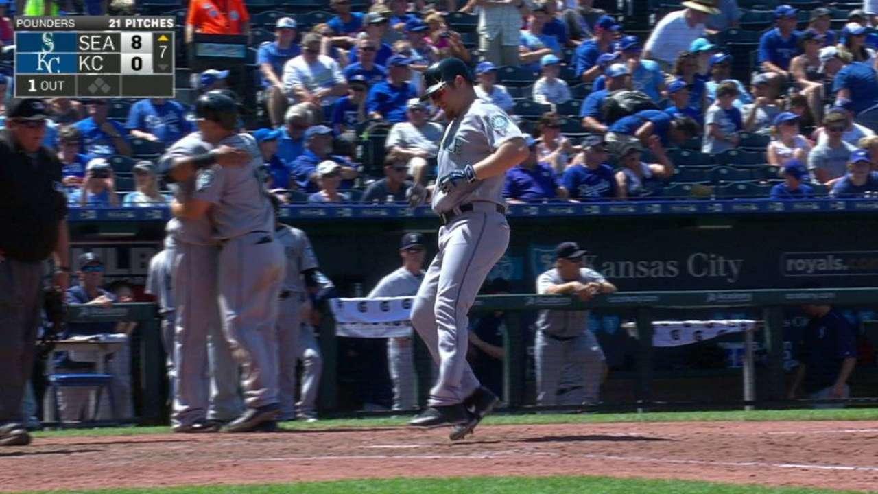Lind's three-run homer