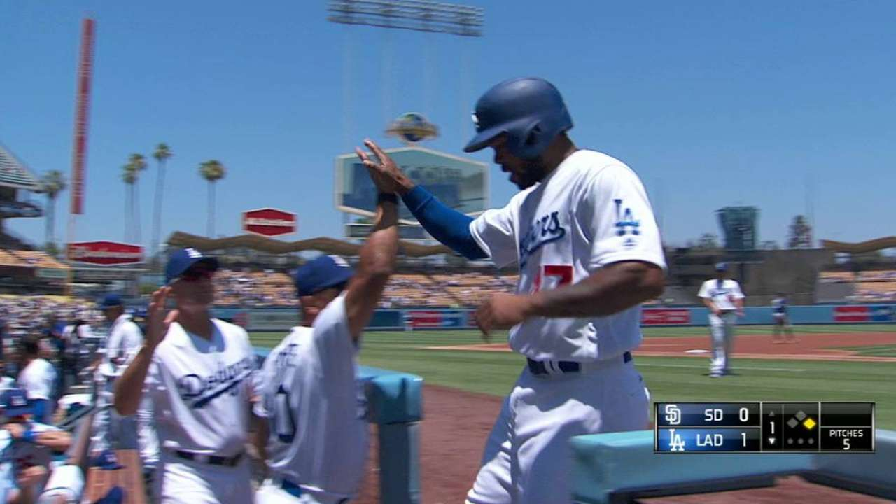 Seager's RBI single to center