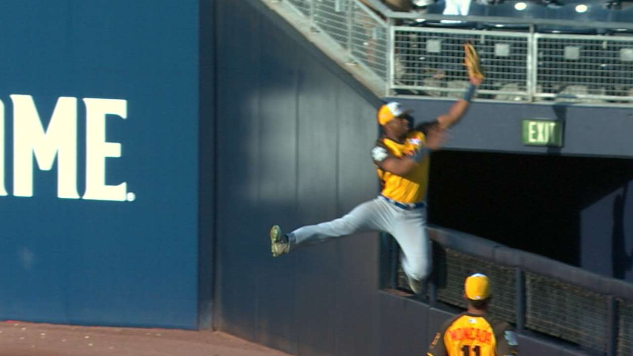 Jimenez's eye-popping catch