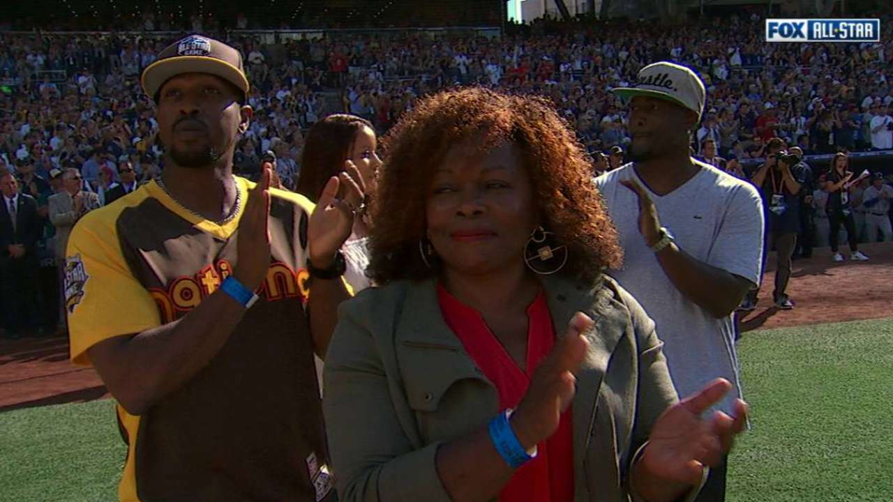Gwynn honored at Petco Park