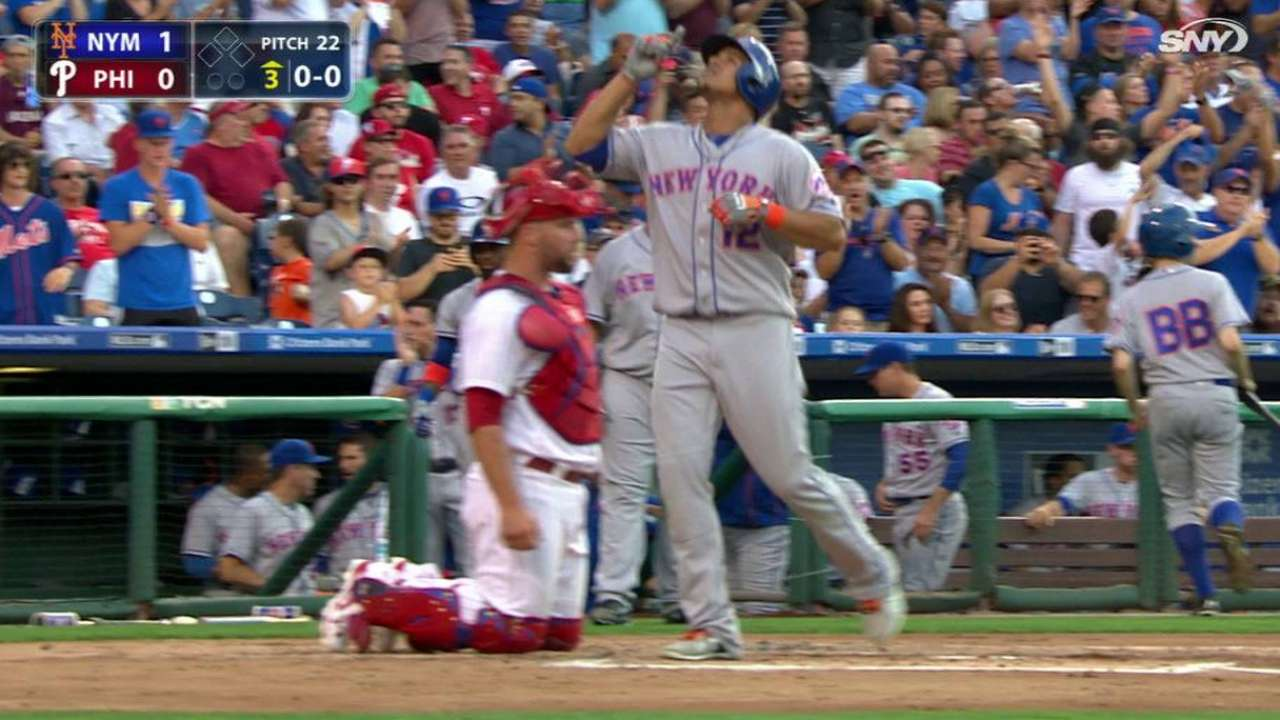 Pair of homers back Colon as Mets top Phils