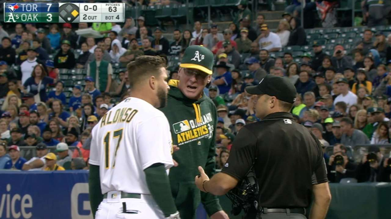 Alonso, Melvin ejected for arguing strike zone