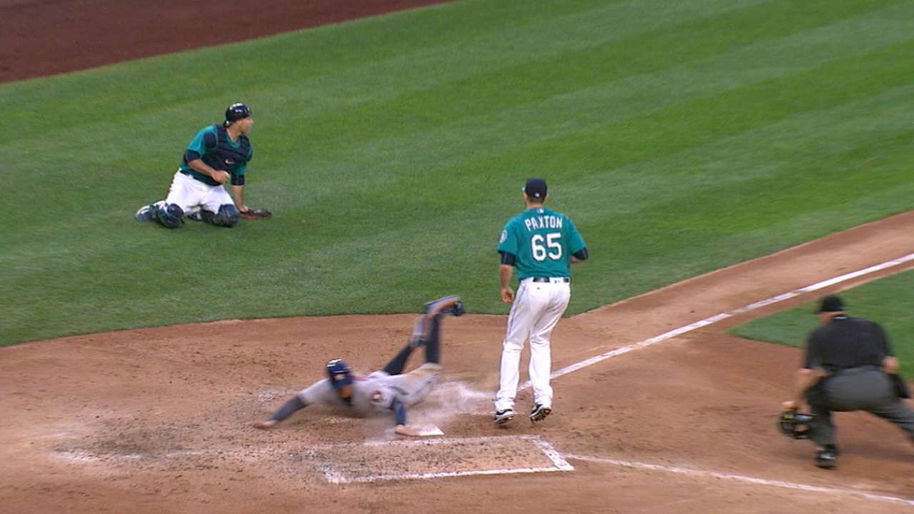 Astros' power, speed too much for Mariners