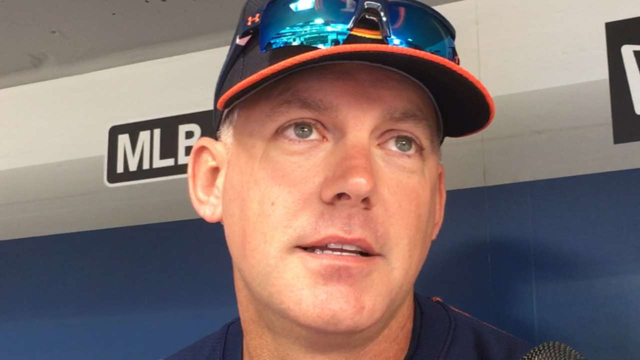 Hinch, fellow Astros thrilled to welcome Gurriel